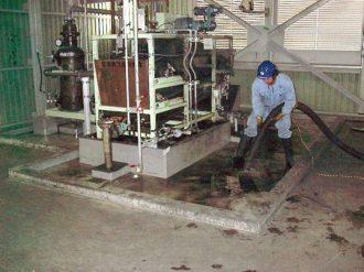 機械室清掃